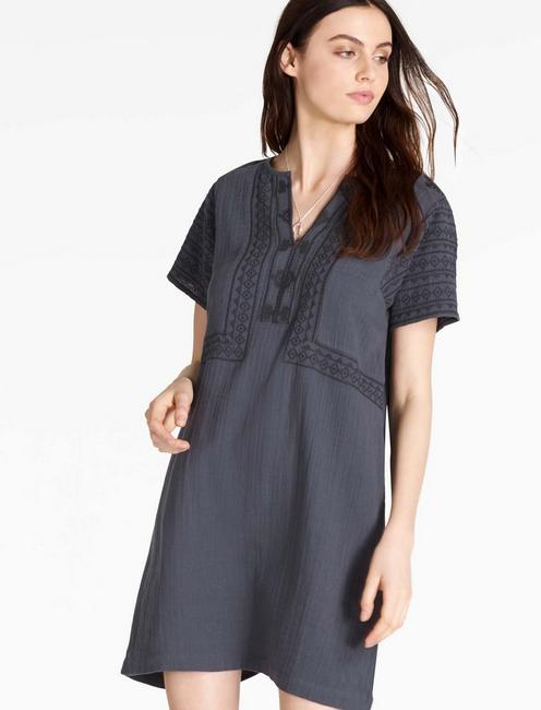EMBROIDERED SHIFT DRESS, AMERICAN NAVY