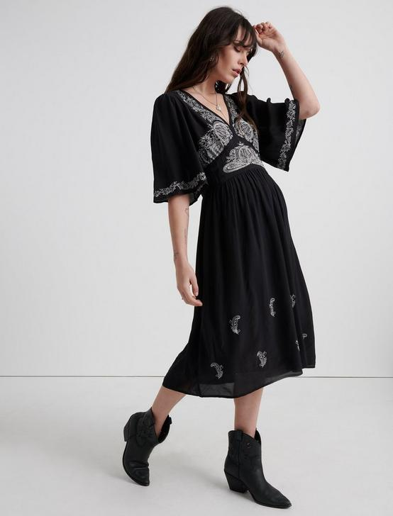 EMBROIDERED FLUTTER SLEEVE DRESS, 001 LUCKY BLACK, productTileDesktop