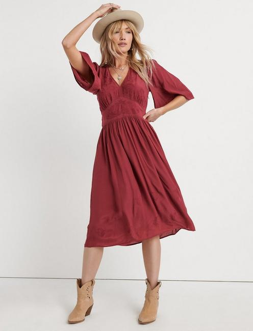 EMBROIDERED FLUTTER SLEEVE DRESS, MAROON