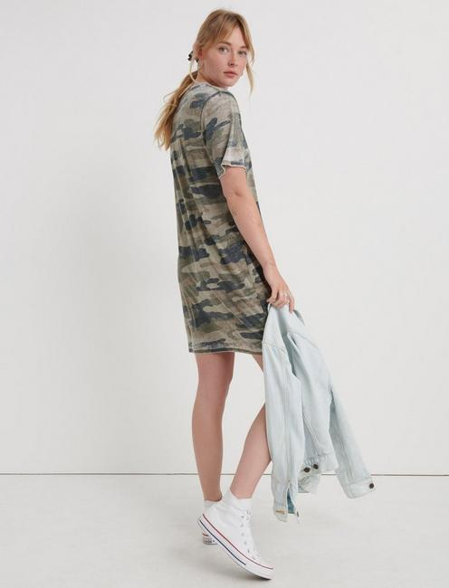THE SUMMER TEE DRESS, GREEN MULTI
