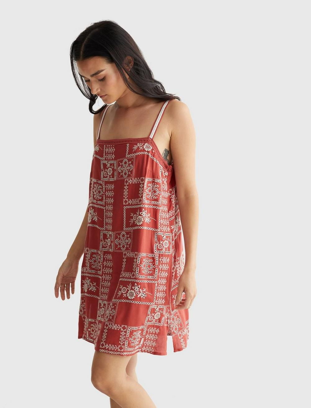 EMBROIDERED SQUARE NECK CAMI DRESS, image 3