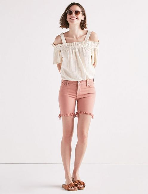 AVA MID RISE JEAN SHORT IN WASHED ROSE, WASHED ROSE