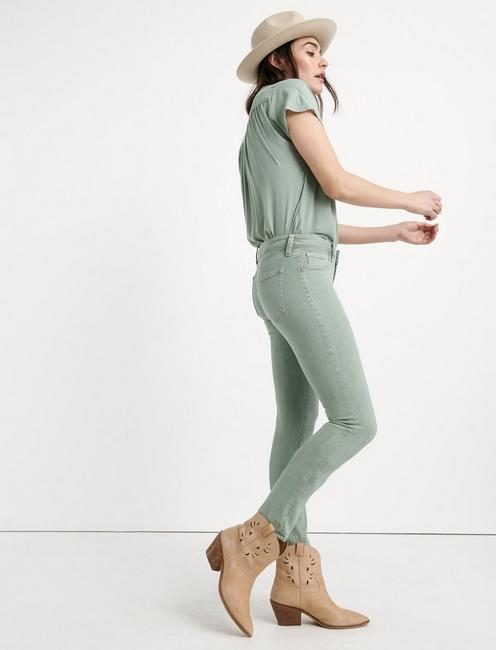 LOLITA CROP, ICEBURG GREEN CL