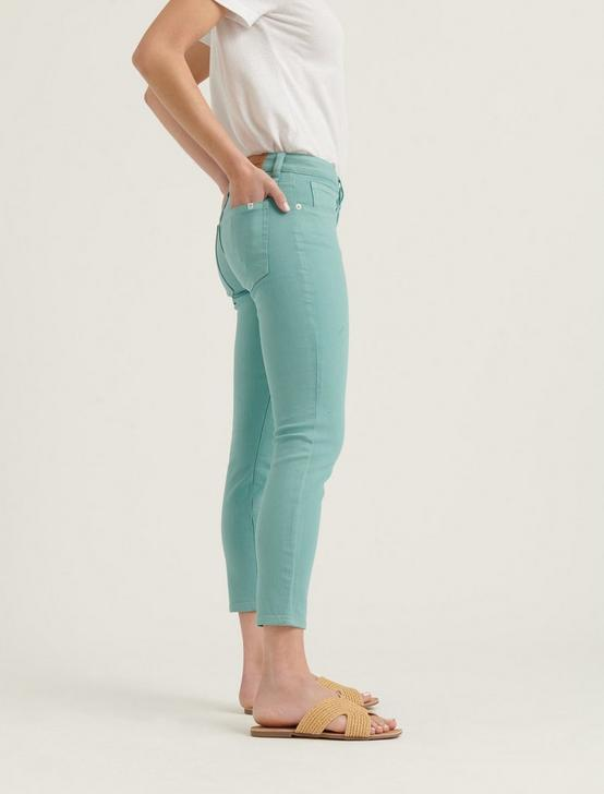 LOW RISE LOLITA CROP JEAN, CANTON, productTileDesktop