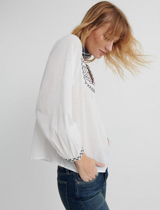 EMBROIDERED PEASANT TOP, LUCKY WHITE, productTileDesktop