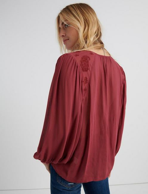 EMBROIDERED PEASANT TOP, MAROON