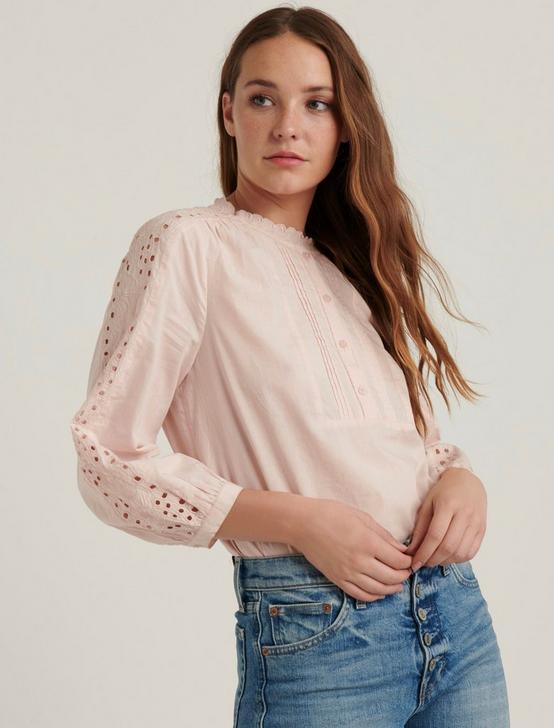 YASMIN EYELET TOP, PEACH WHIP, productTileDesktop