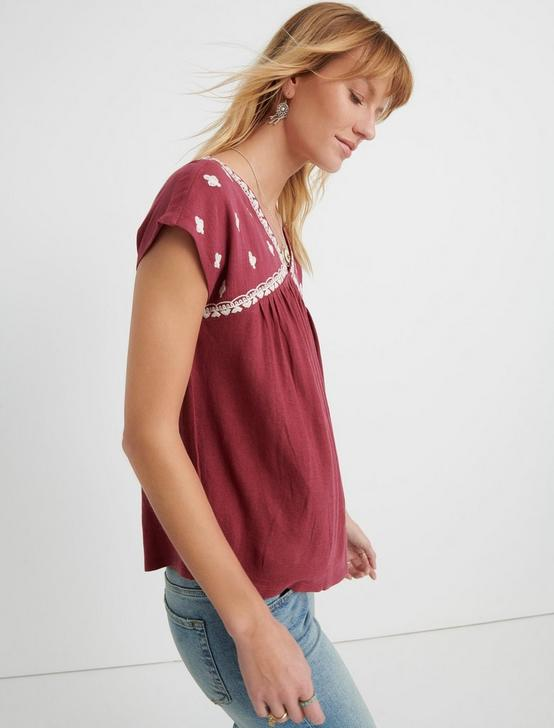 EMBROIDERED TOP, BERRY MULTI, productTileDesktop