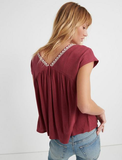 EMBROIDERED TOP, BERRY MULTI