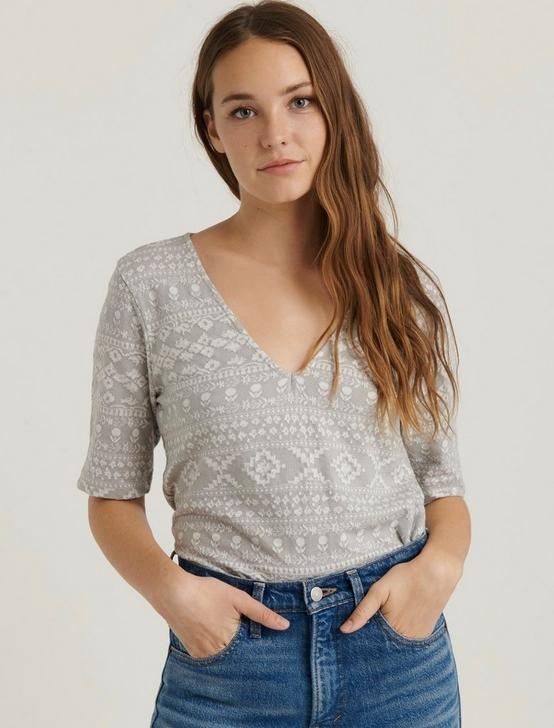 JACQUARD KNIT TOP, GREY MULTI, productTileDesktop