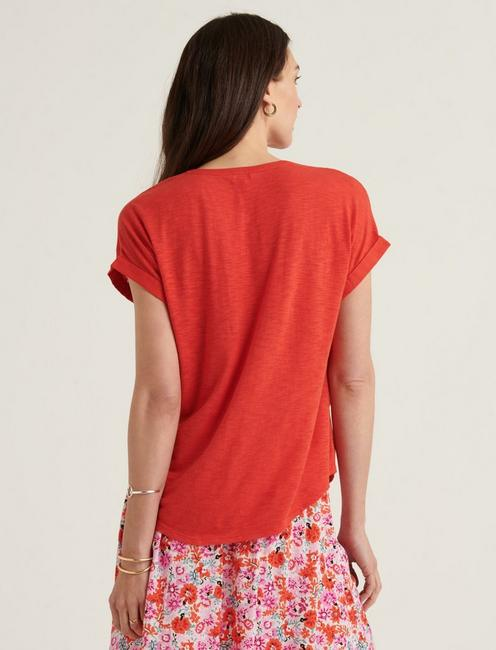 MIXED MEDIA HENLEY TOP, VALIANT POPPY