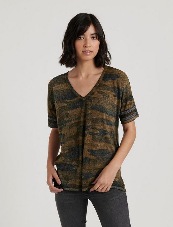 BURNOUT ATHLETIC STRIPE CAMO TEE, GREEN MULTI, productTileDesktop