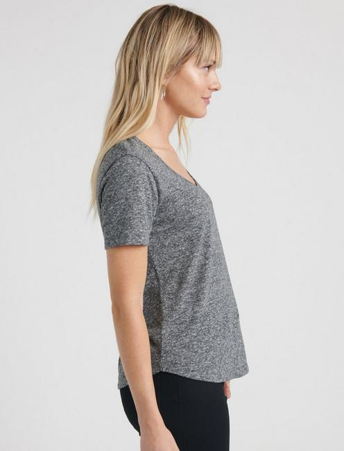SCOOP NECK TEE, HEATHER GREY