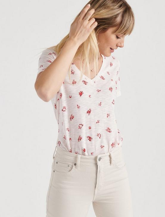 V NECK FLORAL PRINTED TEE, PEACH MULTI, productTileDesktop