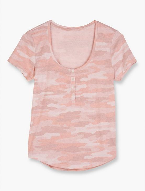 CAMOUFLAGE HENLEY TEE, PINK MULTI, productTileDesktop