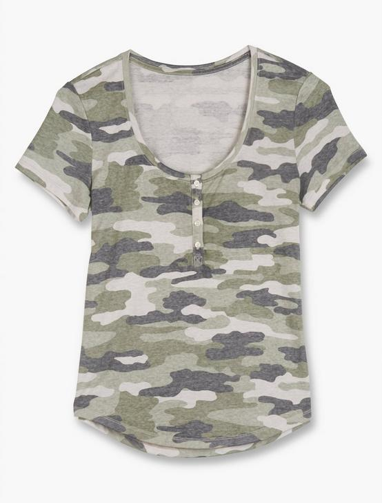 CAMOUFLAGE HENLEY TEE, OLIVE MULTI, productTileDesktop