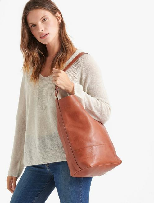 THE POINT LEATHER HOBO BAG, COGNAC