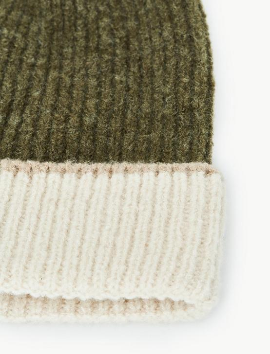 COLORBLOCKED BEANIE, OLIVE MULTI, productTileDesktop