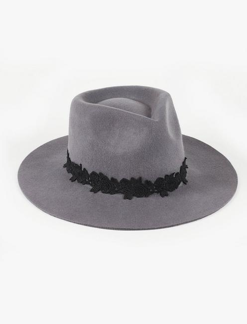 LACE TRIM WOOL HAT,