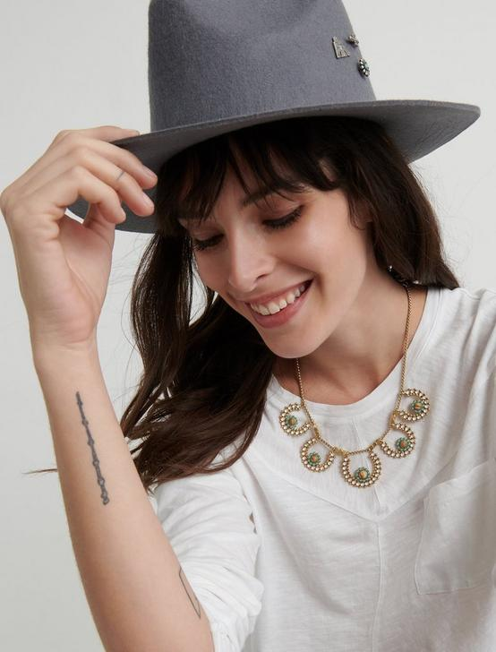 BADED COLLAR NECKLACE, GOLD, productTileDesktop