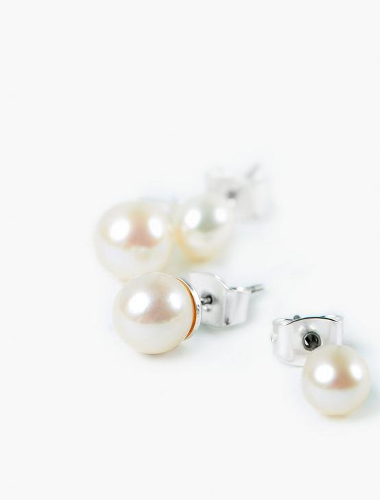 GENUINE PEARL STUD SET, SILVER, productTileDesktop