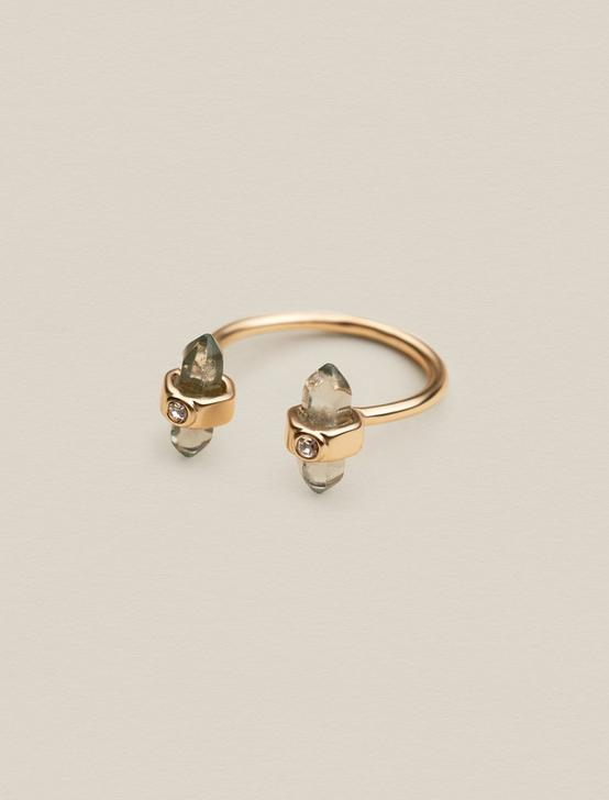 WRAPPED STONE RING, GOLD, productTileDesktop