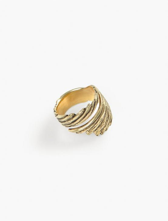 Britta Ambauen Wabi Sabi Wing Ring, GOLD, productTileDesktop