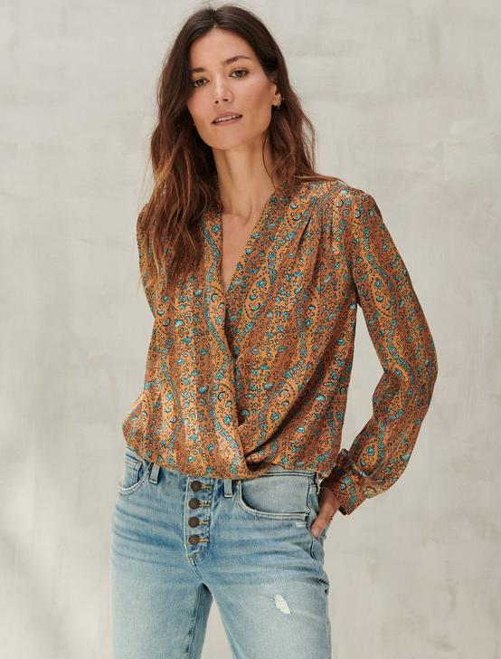 SURPLICE PRINTED LONG SLEEVE TOP, BRONZE MULTI, productTileDesktop