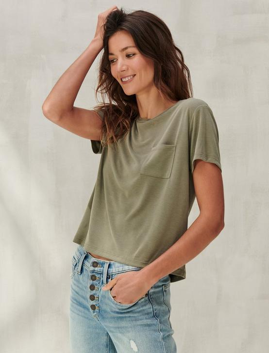 CROPPED BOYFRIEND TEE, MILITARY OLIVE, productTileDesktop