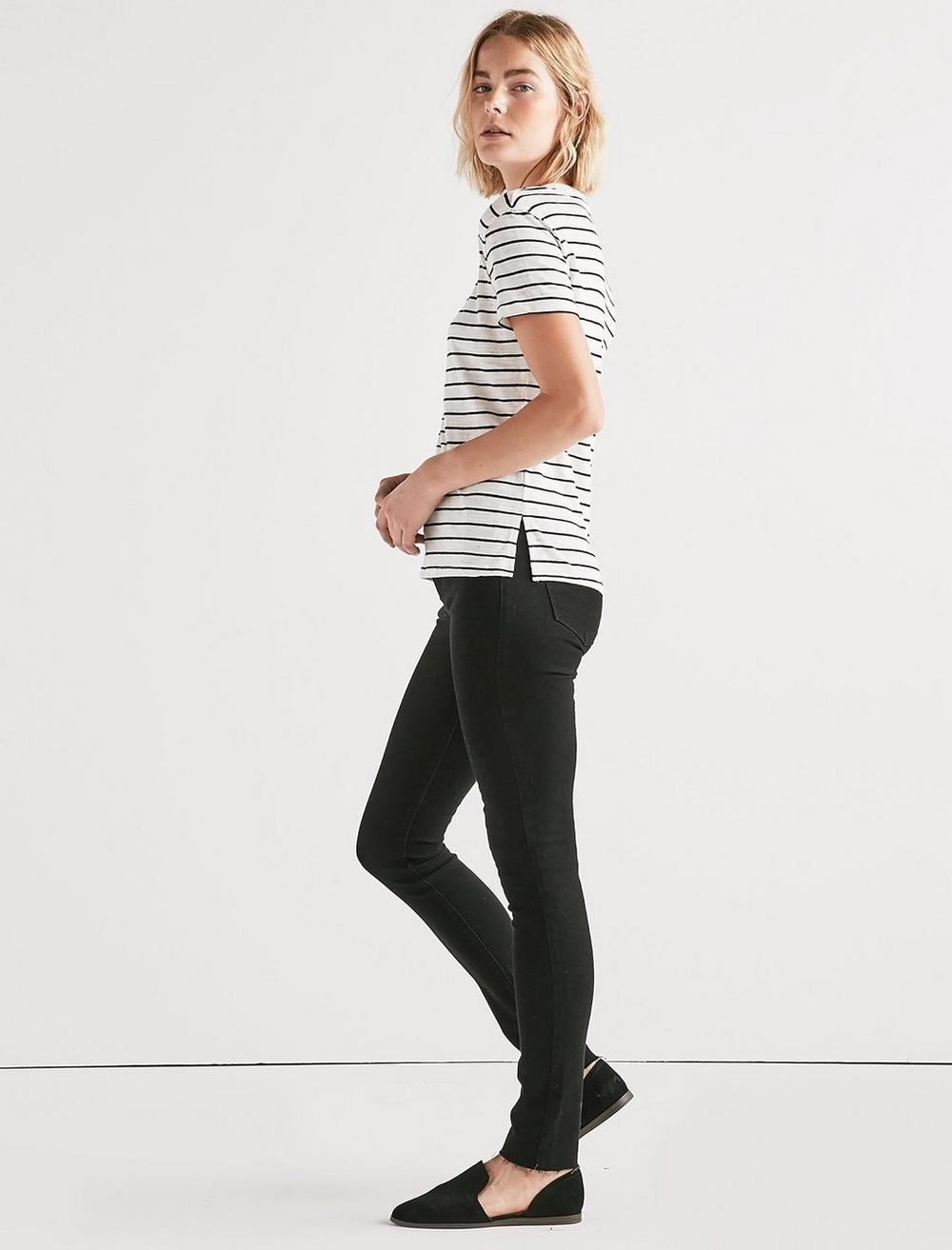 THE ANGELES V NECK STRIPED TEE., image 2
