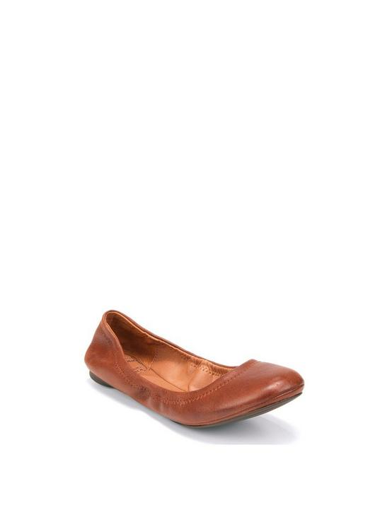 EMMIE LEATHER FLATS, BOURBON, productTileDesktop