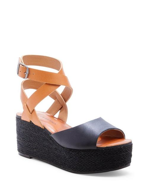 GINNY WEDGE,