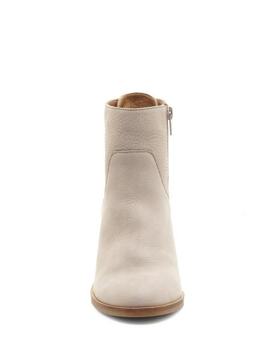 JALIE BOOTIE, LIGHT GREY, productTileDesktop