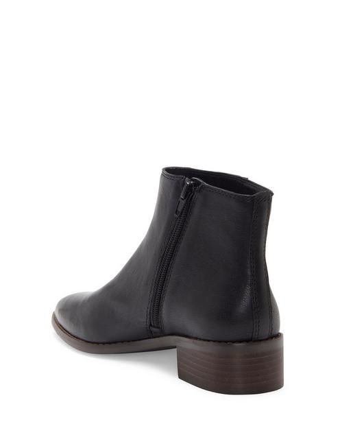 LENREE LEATHER BOOTIE, BLACK