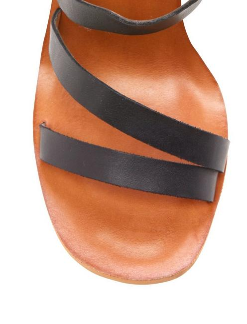 NOEMIA WEDGE, FEATHER