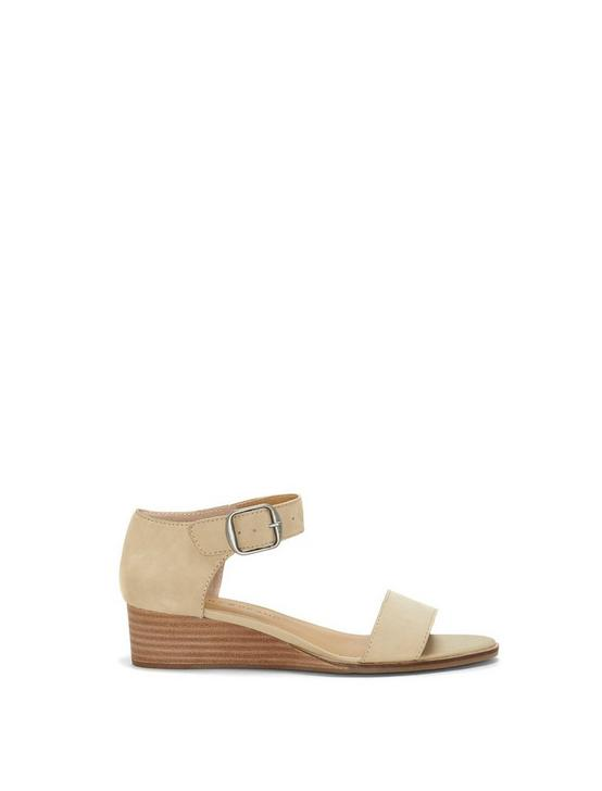 RIAMSEE SUEDE WEDGE, MEDIUM BEIGE, productTileDesktop