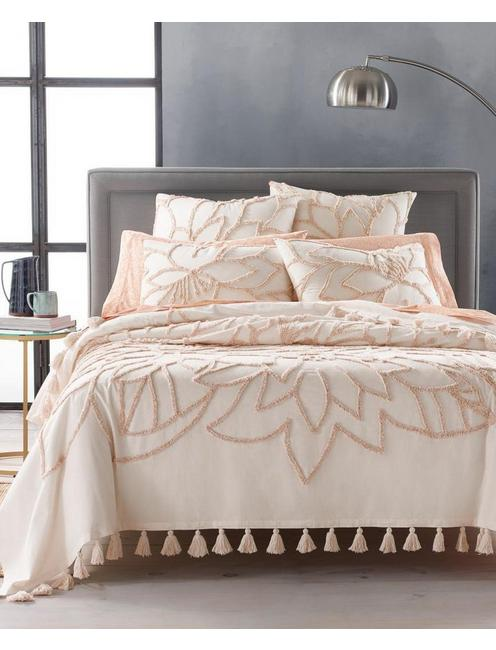 TUFTED FLORA FQ BEDCOVER,
