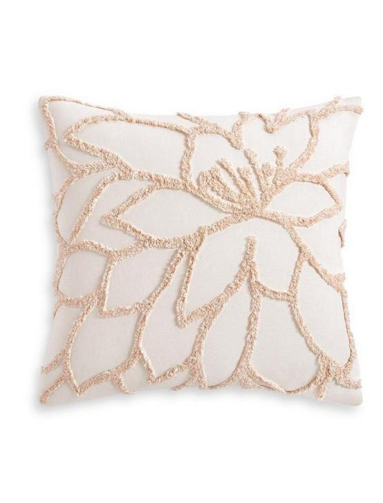 TUFTED FLORA EURO SHAM, DARK PINK, productTileDesktop