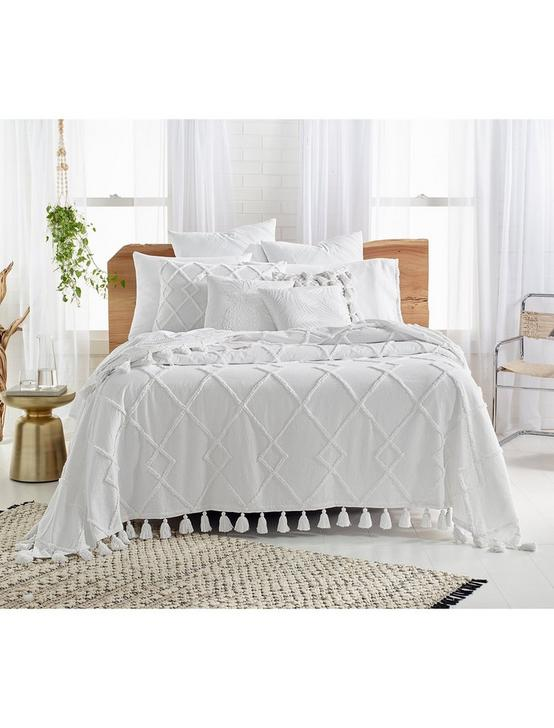 Diamond Tuft Bed Cover
