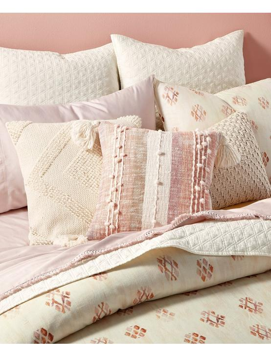 JOSHUA TREE COMFORTER SET, DARK PINK, productTileDesktop