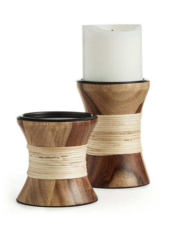 WOODEN PILLAR HOLDER