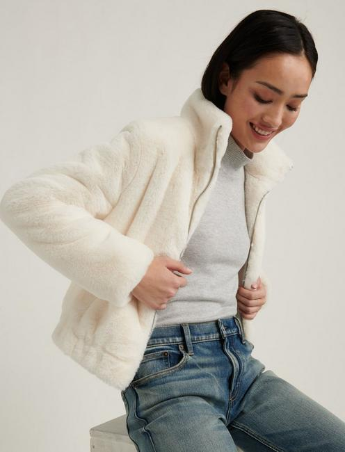 FAUX FUR JACKET, 104 CREAM