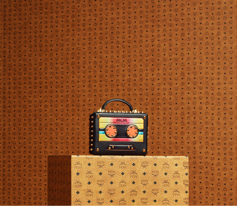 AW18 Berlin Crossbody in MCM Cassette
