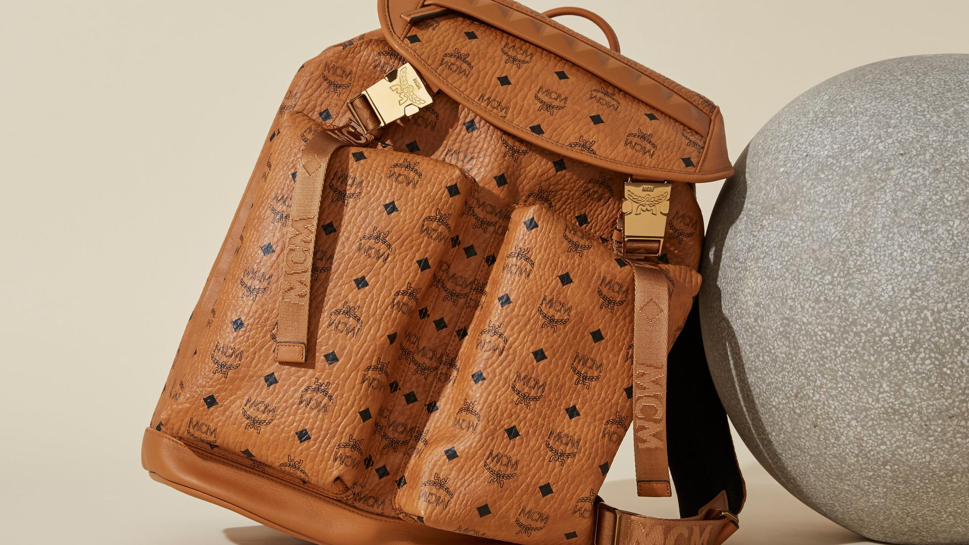 Mens Backpack Category Banner