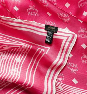 MCM 莫代爾絲質的 Visetos 條紋圍巾 Pink MEF8SMM06QS001 Alternate View 2