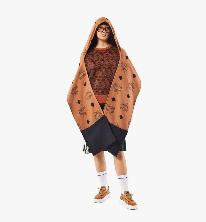 MCM Poncho mit Kapuze und Monogramm Black MEFAAMM14CO001 Alternate View 3
