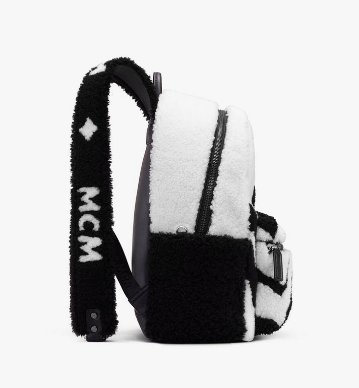 MCM Sac à dos Stark en peau de mouton avec logo contrastant  MMK9AVE17WD001 Alternate View 2
