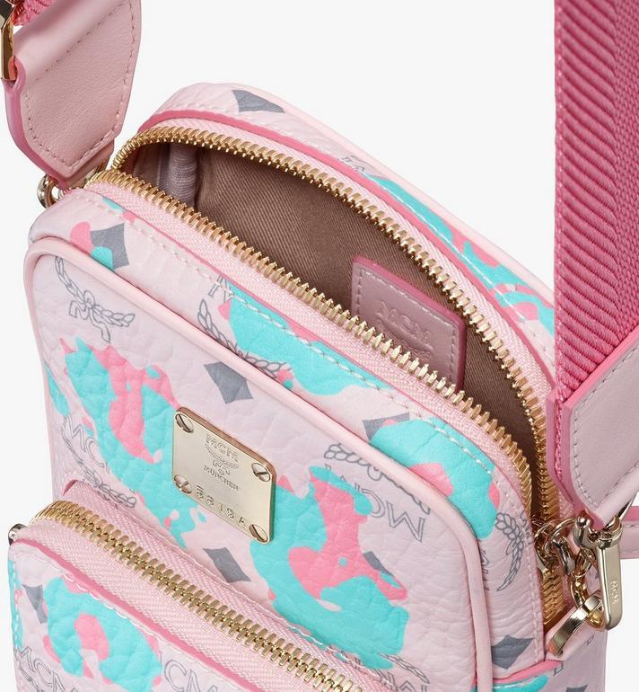 MCM Pochette multimédia à bandoulière à imprimé Floral Leopard Pink MMRASLF01QI001 Alternate View 4