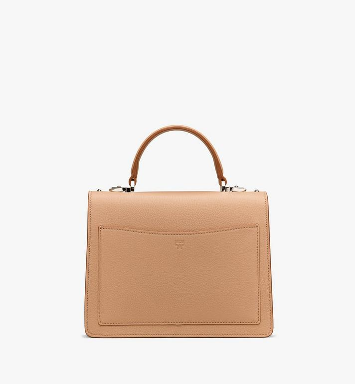 MCM Sacoche Patricia en cuir Park Avenue clouté Alternate View 3