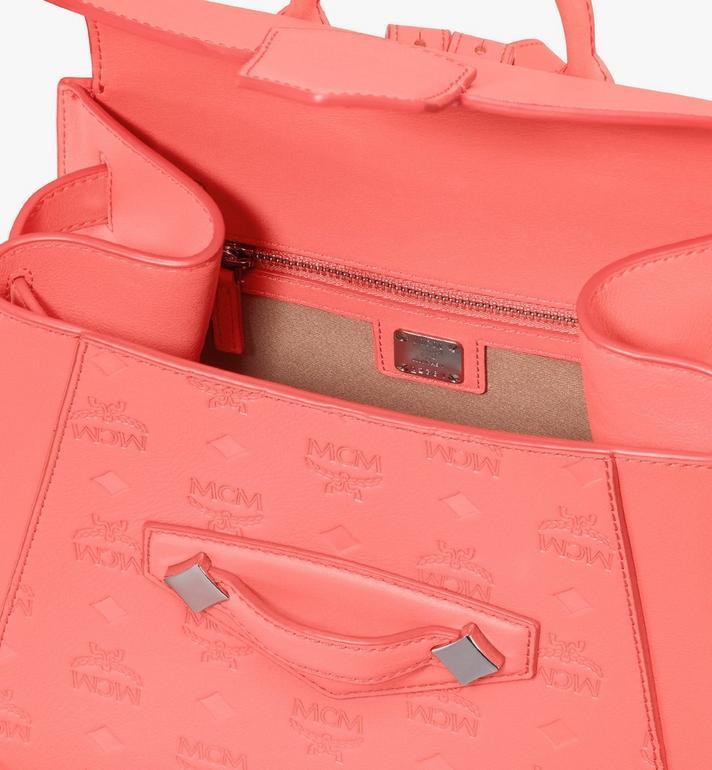 MCM Essential Lederrucksack mit Monogramm Pink MWKASSE01O3001 Alternate View 4